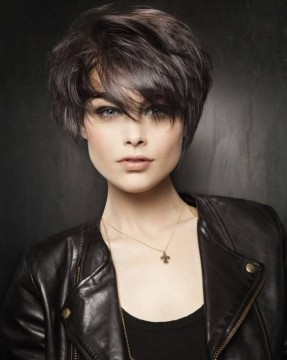 Short-Haircuts-for-Women-2-e1450099411212.jpg