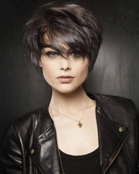 Short-Haircuts-for-Women-2-e1450099411212.jpg