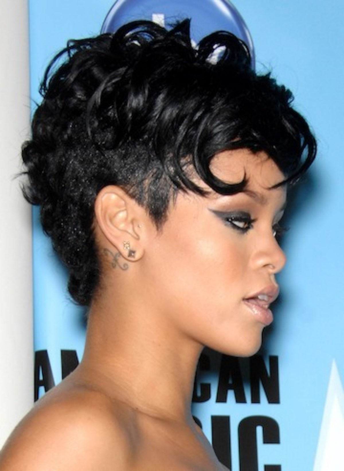 Stupendous Black Short Haircuts Hairstyle For Women Amp Girls A Style Tips Short Hairstyles For Black Women Fulllsitofus
