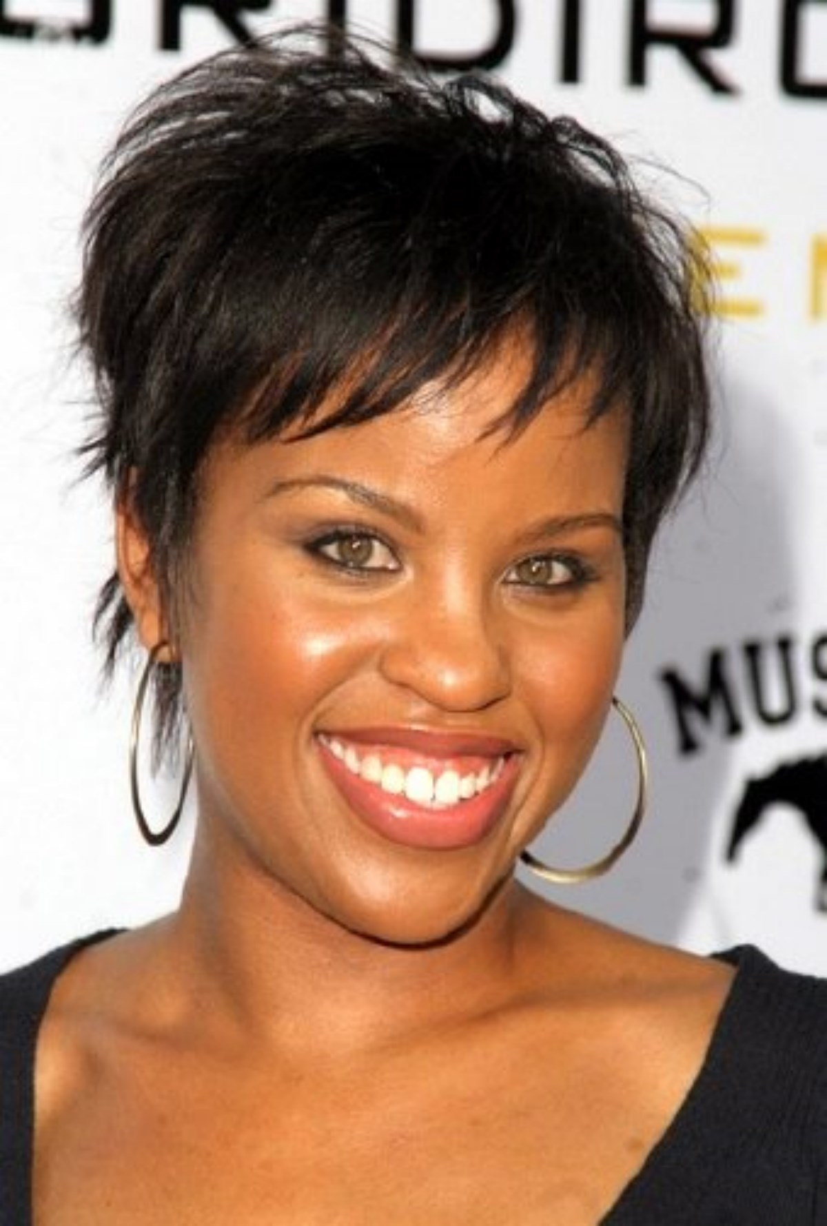 Hot Black Women Hairstyles Pictures