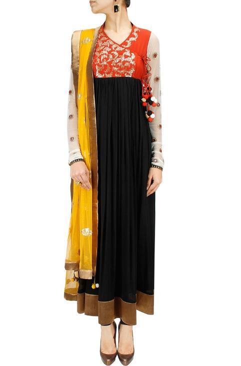 Angrakha Style In Pakistani Dresses