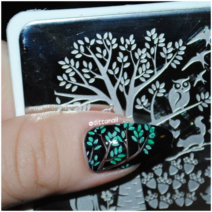 New nail art designs gallery