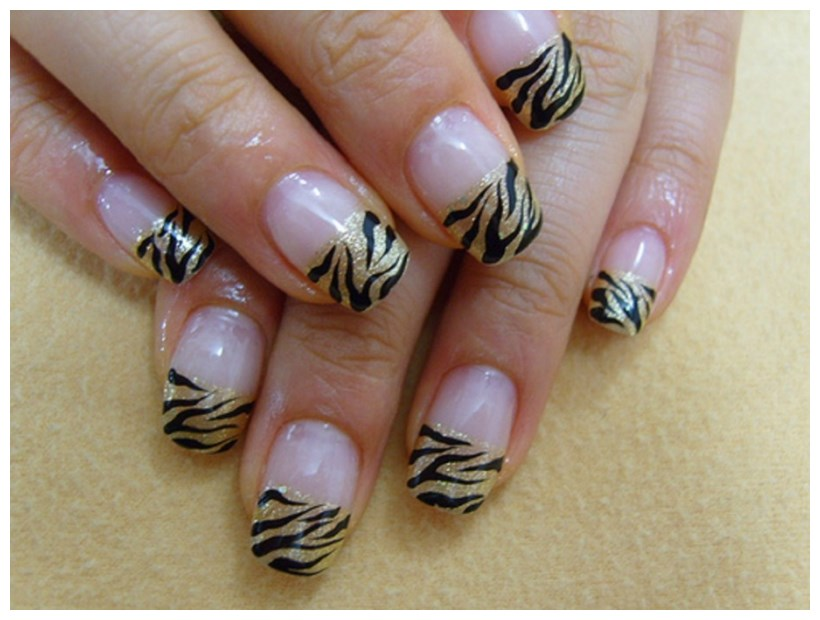 Acrylic Nail Art Designs for Cool girls