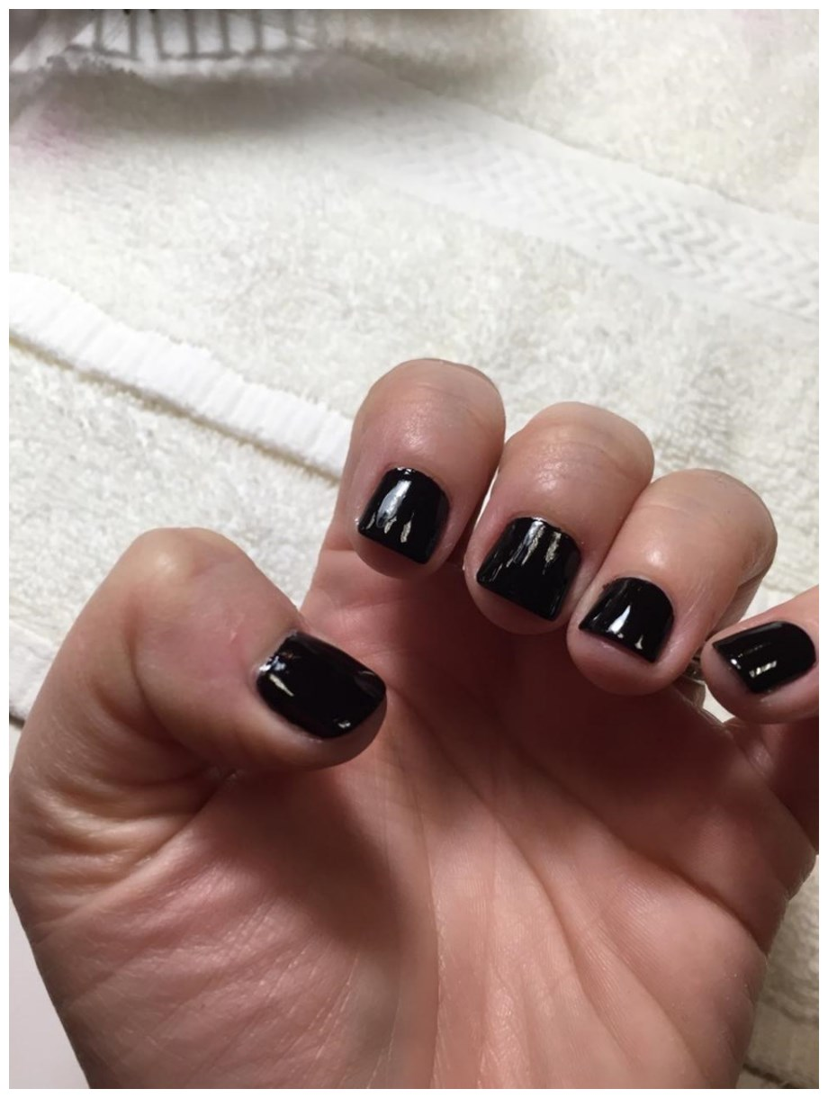 the-best-nail-looks-from-new-york-fashion-girls