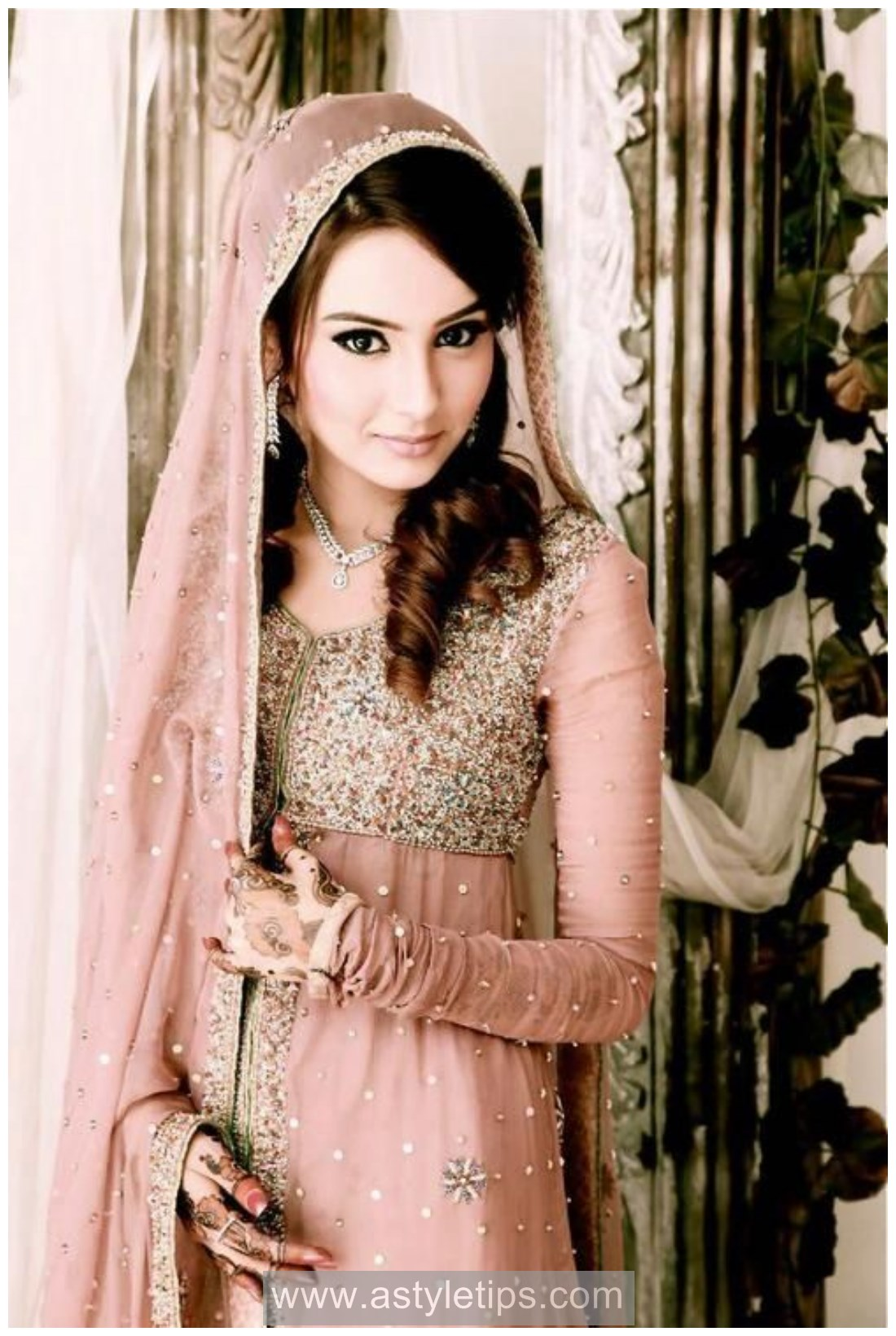 New Online Free Nikkah Dress design in Pakistan