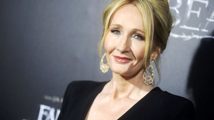 J.K. Rowling serves up sassy replies to mean Twitter users