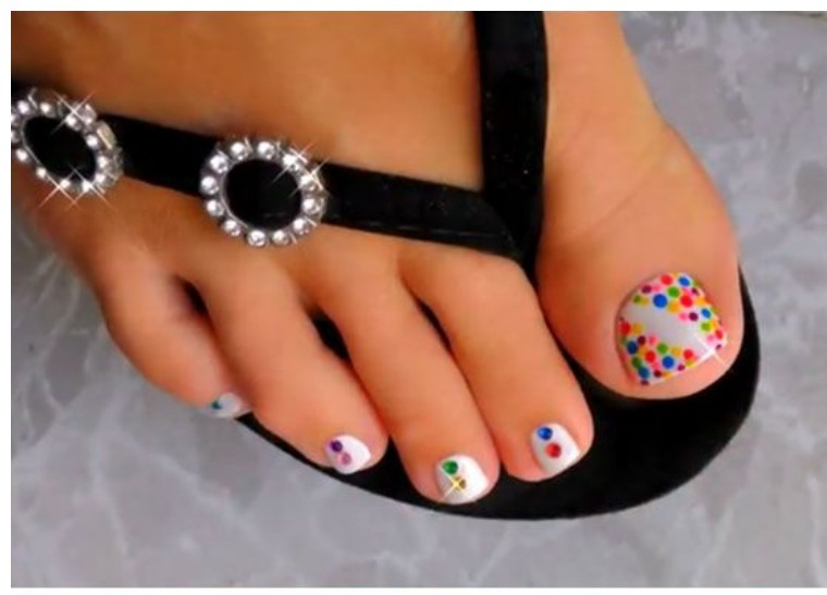 Namkin Red Toe Nail Designs Pictures