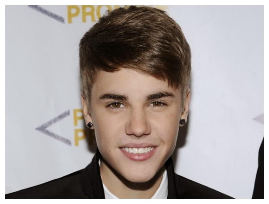 Beatiful Justin Bieber Hairstyle