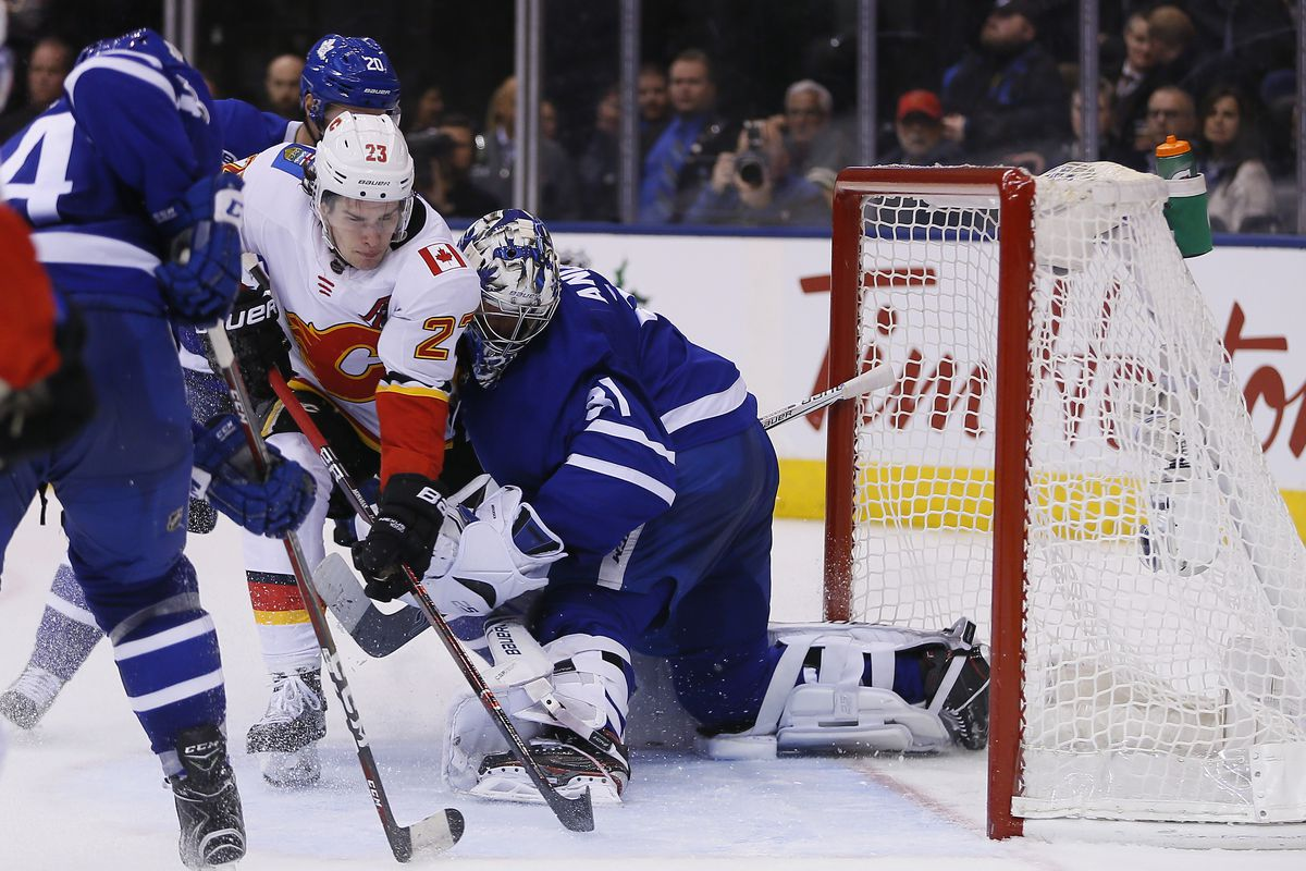 Maple Leafs' Andersen back at practice after close call vs. Ducks