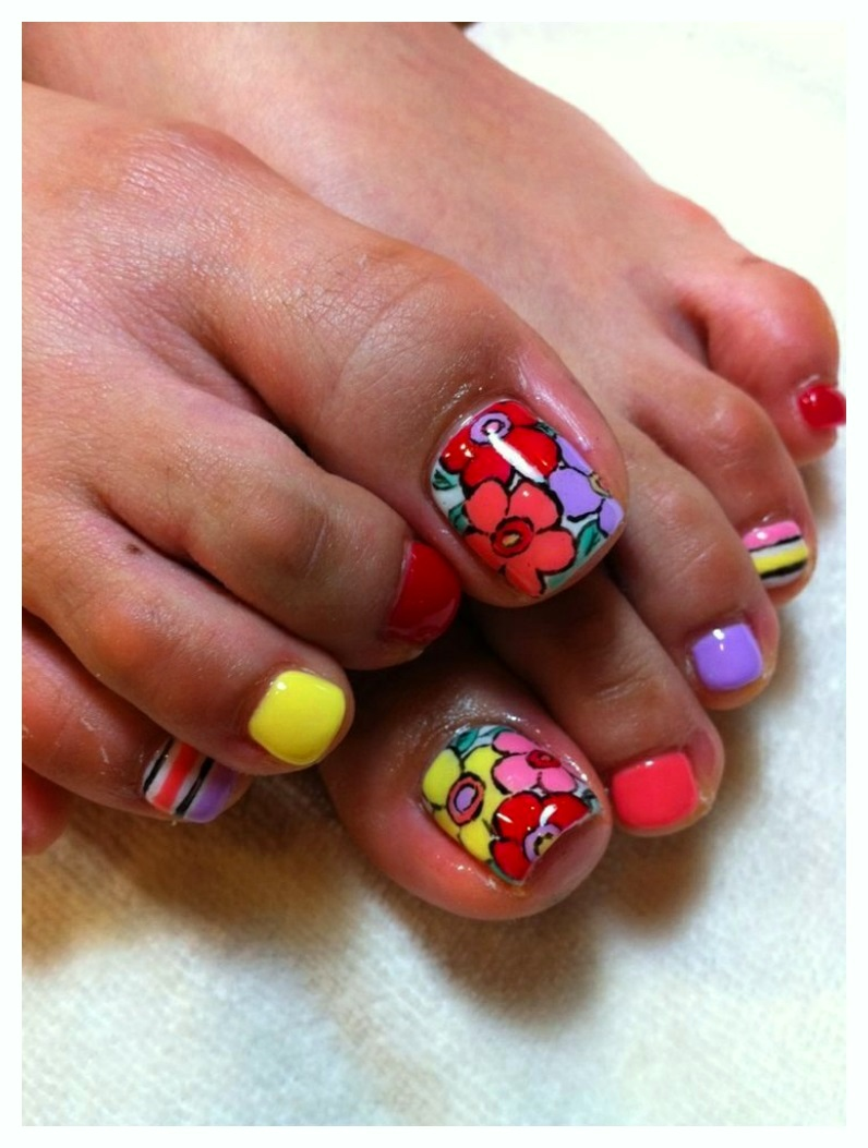 Flower Toe Nail Designs 2018