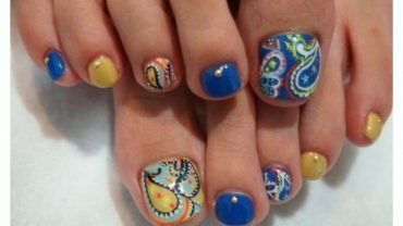 Orange Butterfly Toe Nail Designs