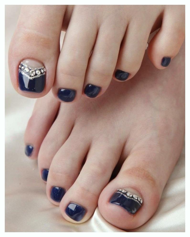 Paisley art of Toe Nail Designs