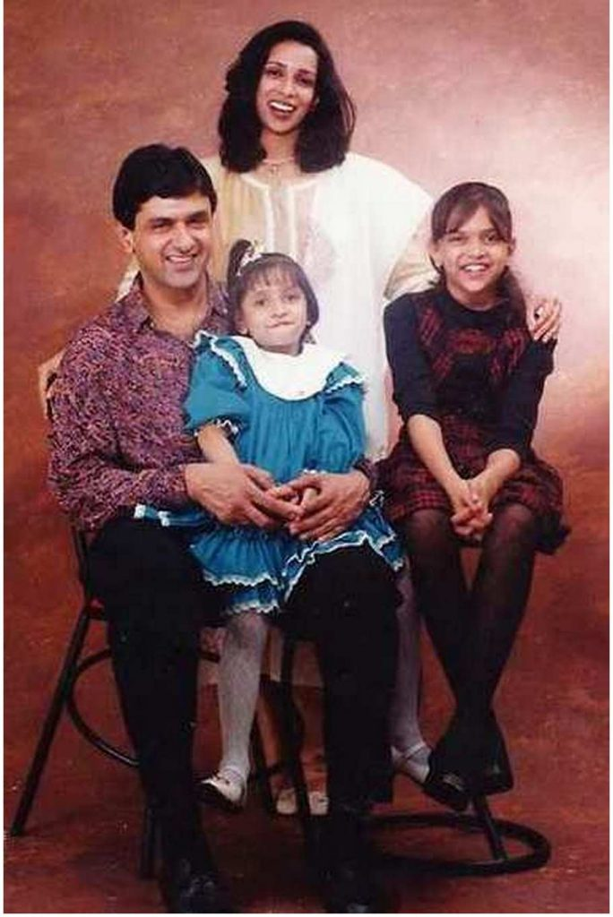 Whole family of Deepika Padukone