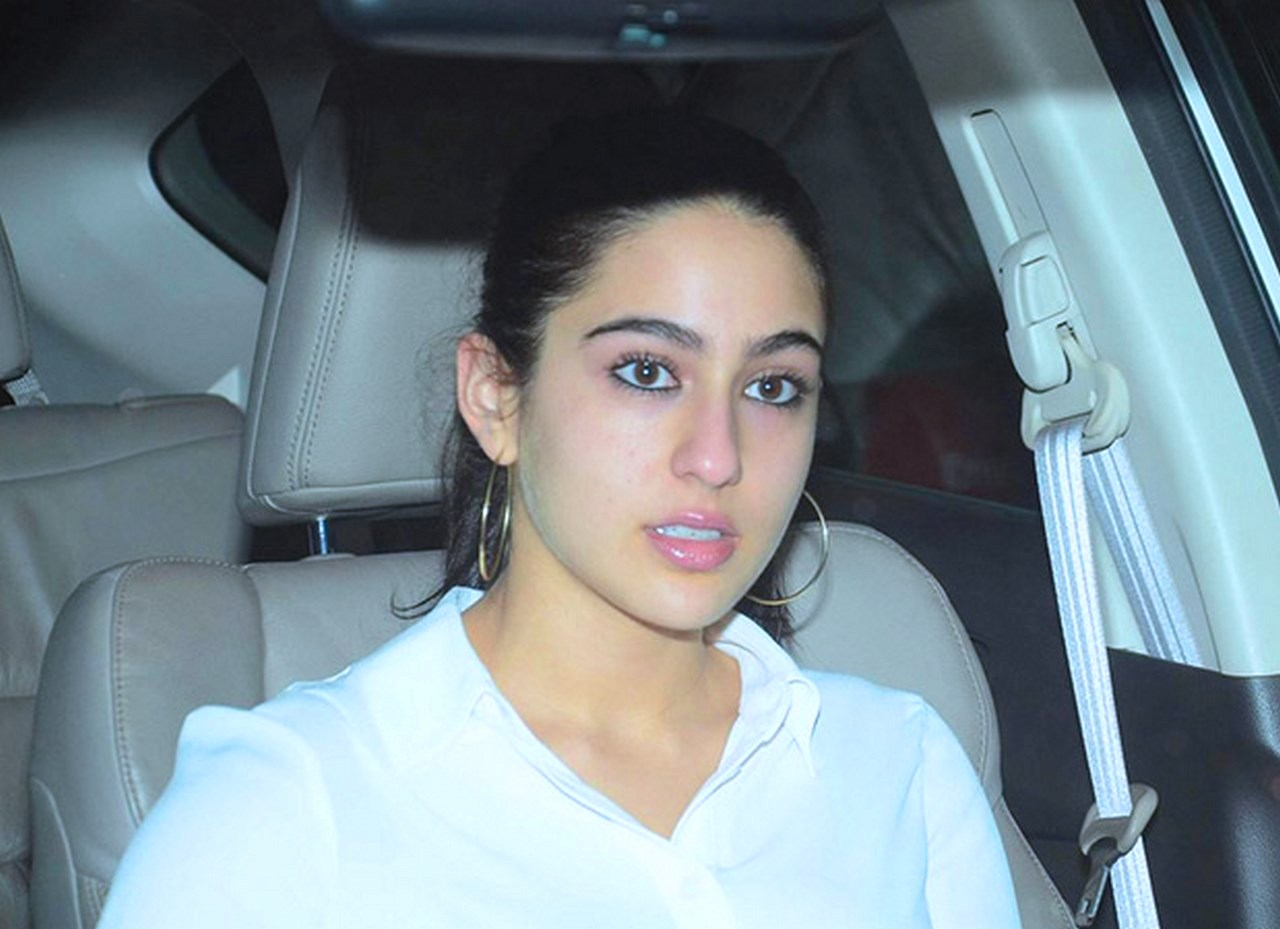 Sara Ali Khan Height
