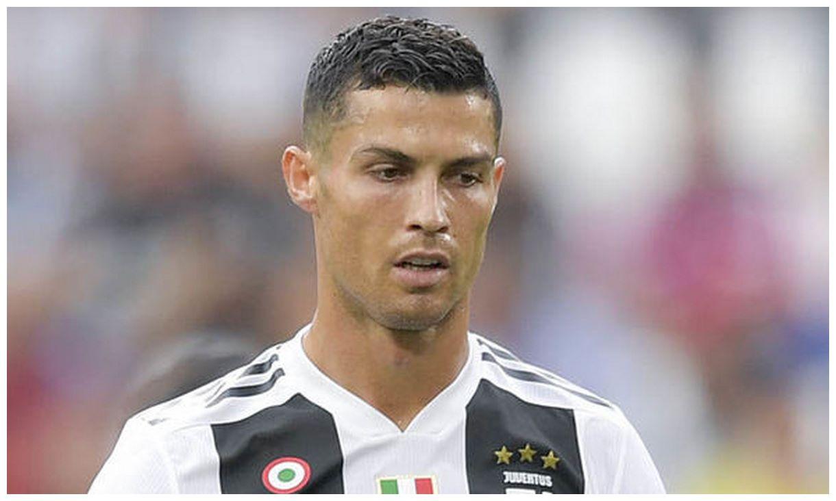 Cristiano Ronaldo HD wallpapers stylish