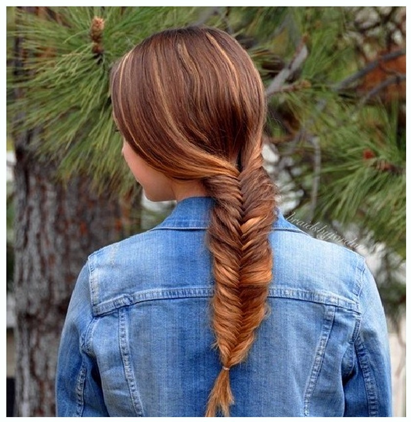 Get Fashionable Fishtail Hairstyle for girls