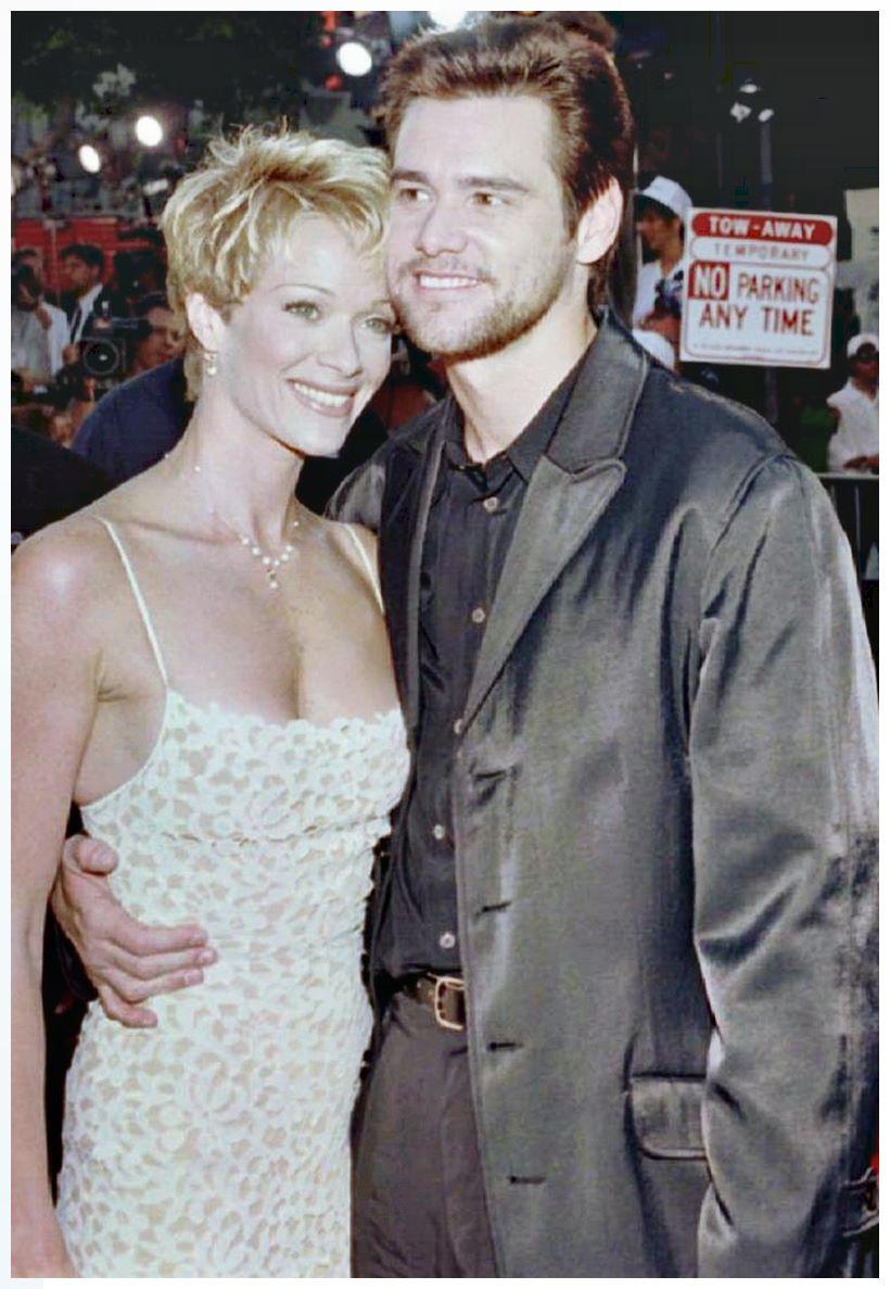 Jim Carrey and Lauren Holly