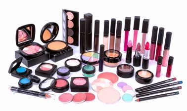 Cheap Makeup Services at You Are Cosmetics – UR Cosmetics