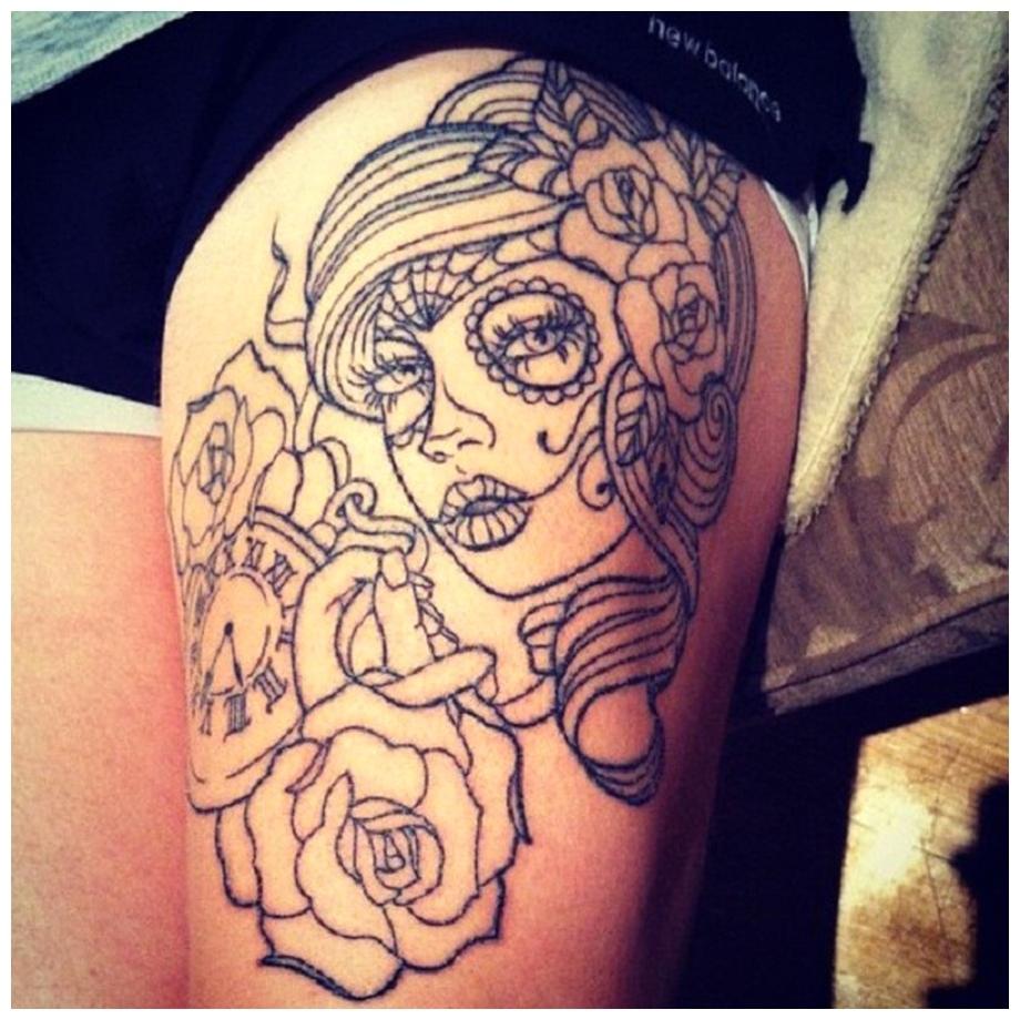 Girls with Rose flower Thigh Tattoos design