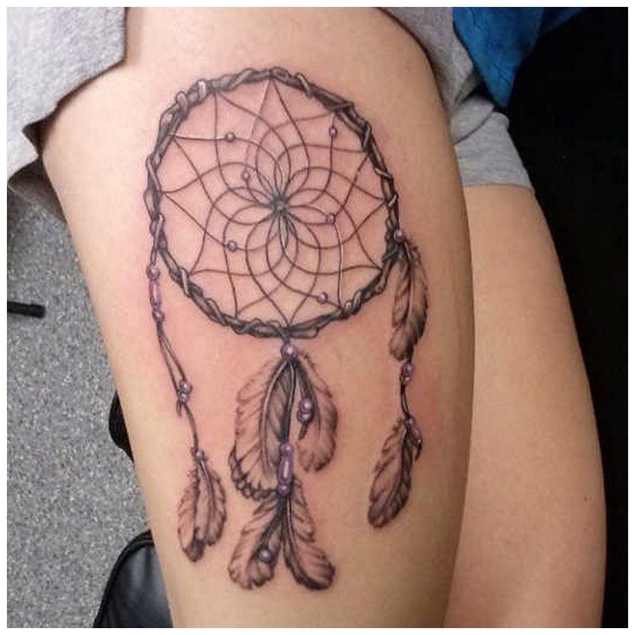 Ring Thigh Tattoos for Cute girls